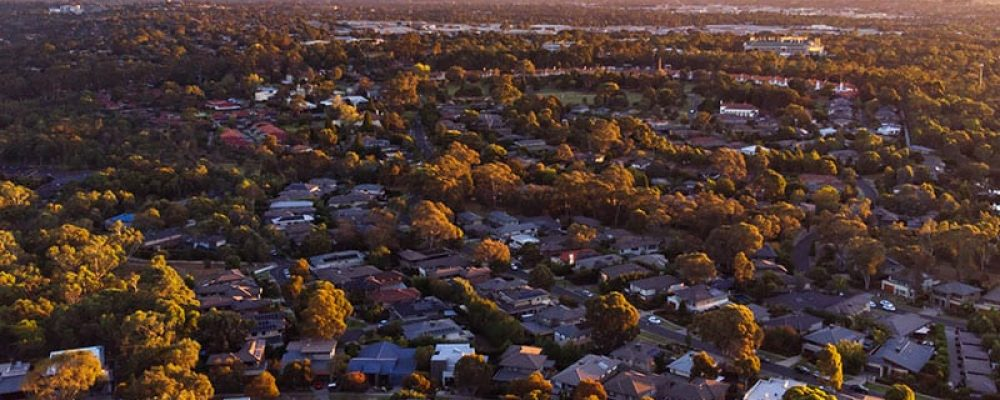 view-over-macleod-in-melbourne-l